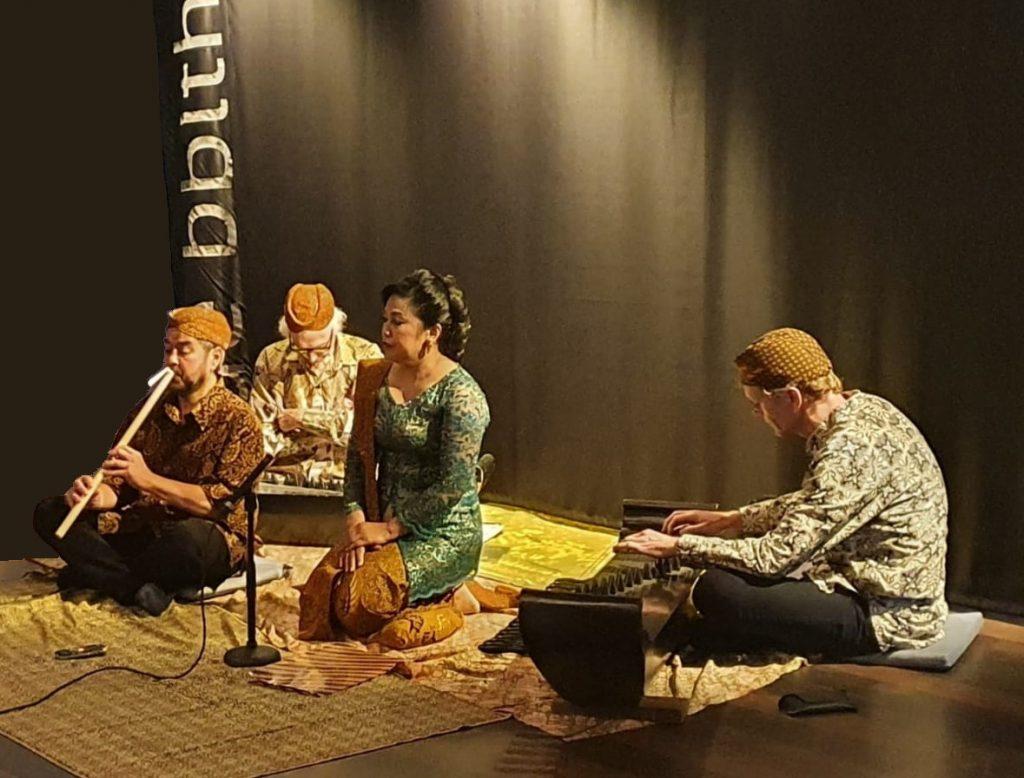 Festival Indonesie Kick Off in Wageningen Muziekgroep Dangiang Parahiangan